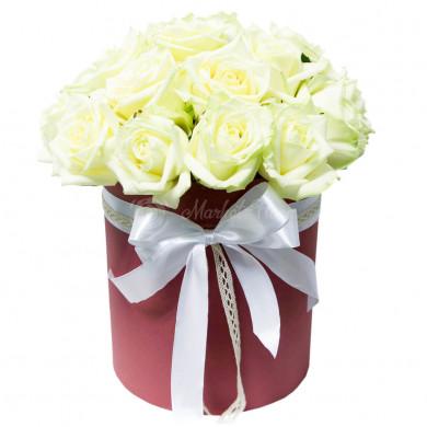 Цветы в коробке «Принцесса Диана»